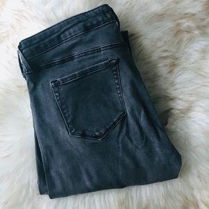 "32"" inseam grey UNIQLO JAPAN mid rise skinny jean"